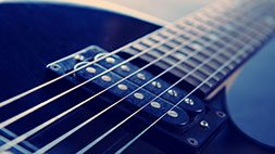 Free Beginner Electric Guitar Lessons Udemy Coupon & Review